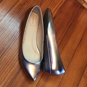 Like new Lands End pointed toe mini wedge flats